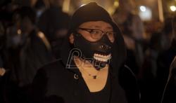 Treća noć sukoba demonstranata i policije u Parizu (VIDEO)