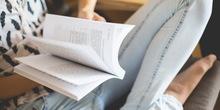 U Nedelji knjige, knjiga na dar u autobusu