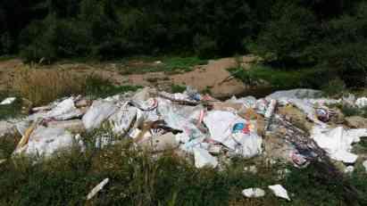 UHVAĆEN NA DELU: Evo ko stvara divlje deponije u Leskovcu (VIDEO)