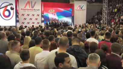 VUČIĆ U KRAGUJEVCU: Da ih pobedimo sve zajedno u nedelju za budućnost Srbije