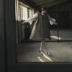 Umesto čipke i svile - BETON: Ovo je prva betonska haljina na svetu - lagana je i PERE SE U MAŠINI!