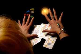 Vračara Zahida prevarila majku i ćerku iz Bačke Palanke. Za skidanje crne magije tražila 25.000 evra, žene gorko zažalile