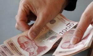 Vučić: Činimo sve da mnogo više uvećamo plate i penzije