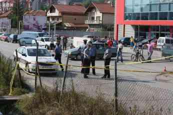 Zenica: Dijete preminulo od povreda nakon što je vozač Škode pokupio troje pješaka