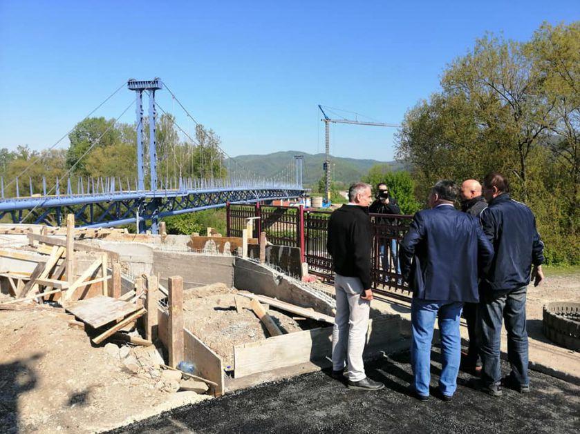 Uskoro svečano otvaranje visećeg mosta u Trsteniku