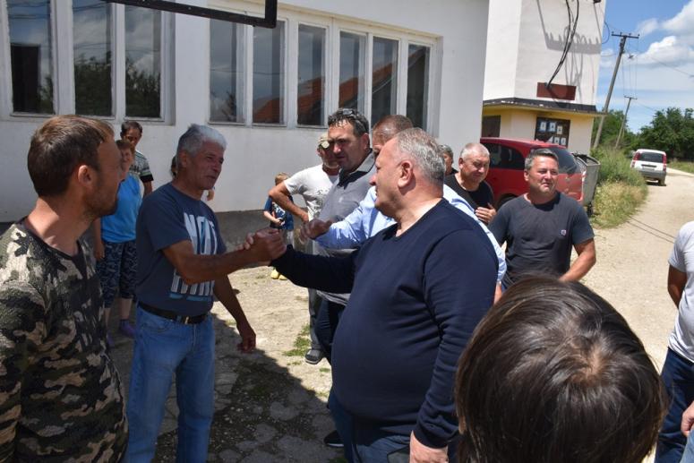 Leskovac, selo Kukulovce:  Počinje gradnja puta koji meštani čekaju decenijama