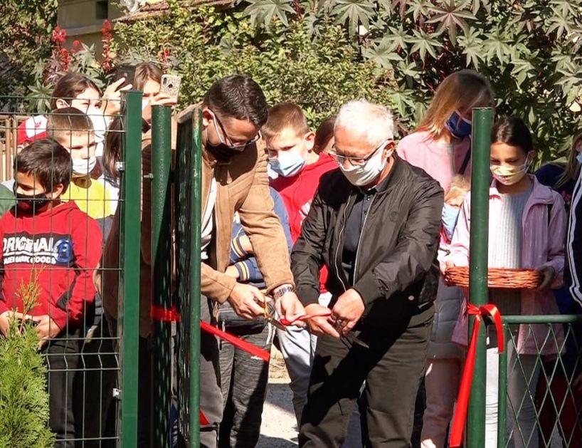 Svečano otvoreno dečije igralište u Velikoj Drenovi