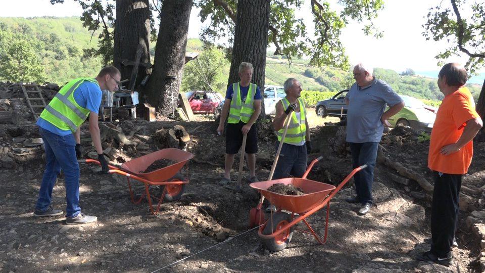 Arheološko iskopavanje na brdu ''Đurovača''