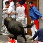 Trka bikova u Pamploni: jedan mrtav, puno ranjenih