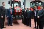 Belorusi prave traktore u NS-u
