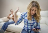 Kada klinci raskidaju: Devojčica završila vezu preko poruka
