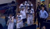 Uživo: Skandal! Vujošević povukao, pa vratio ekipu, Partizan - Zvezda 59:63