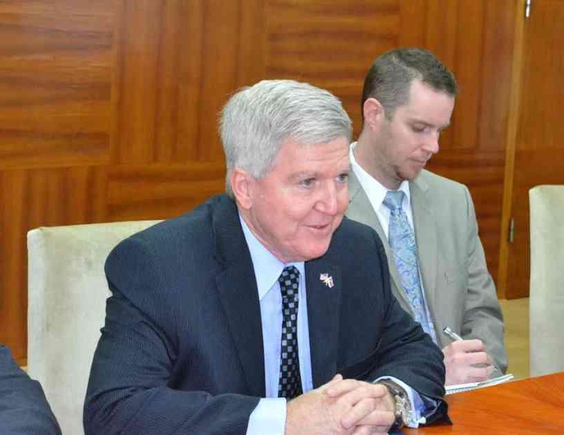 Novi ambasador SAD pohvalio evropski put Srbije