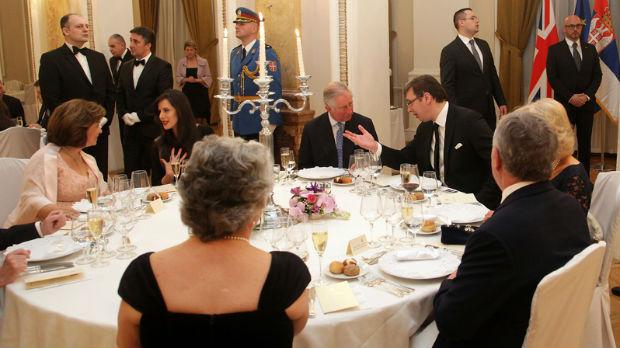 Princ od Velsa sa suprugom na večeri kod premijera Srbije
