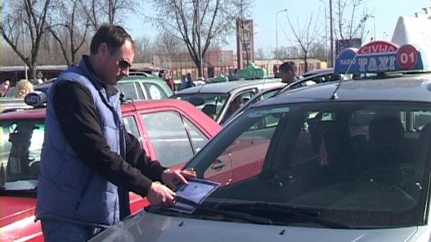 Protestna vožnja taksista u Šapcu