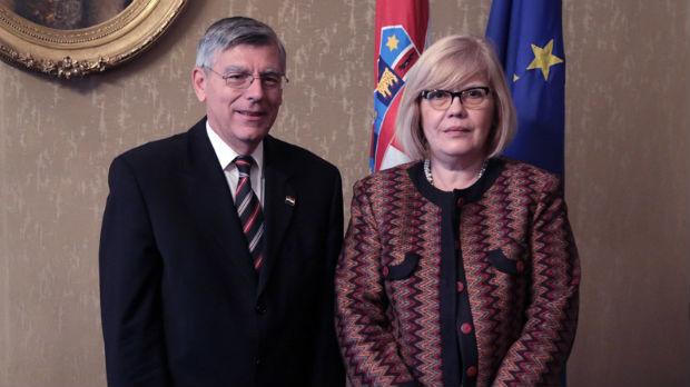 Rajner: Otvorena pitanja prioritet u odnosima sa Srbijom
