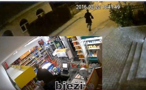 (VIDEO) LOPOV KUKAVICA Ovako je ragovao pljačkaš kada je umesto radnice video vlasnika u prodavnici
