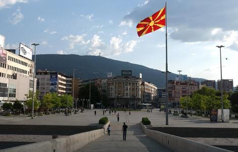 Veljanovski: Ne postoji ustavna mogućnost za sazivanje parlamenta