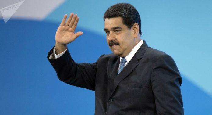Николас Мадуро – сам против свих
