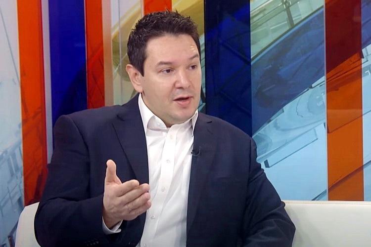Из СРС отишао Немања Шаровић – Шешељ увео диктатуру и направио комби странку