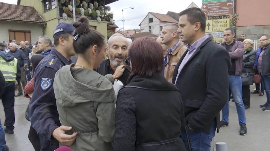 "Директор ""Наменске"" из Лучана нема за плату радника, али има за базен (видео)"