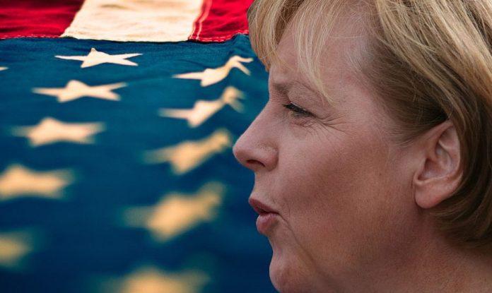 Ангела Меркел спрема санкције Србији