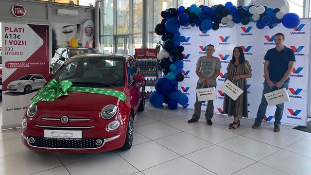 01.08.2021 ::: Valvoline i Auto kuća Kole - Zemun uručili Fiat 500 Hybrid Dolcevita srećnom dobitniku