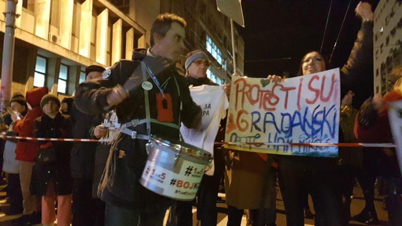 '1 od 5 miliona': Tražimo otkrivanje napadača na organizatora protesta