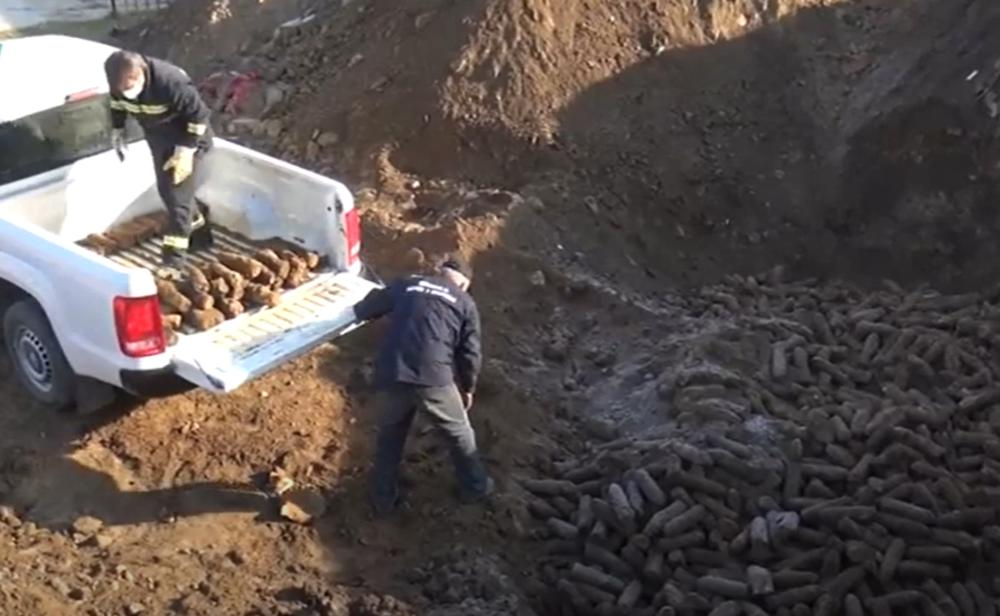15.000 GRANATA PRONAĐENO ISPOD STADIONA U BITOLJU: I put će morati da sklone da bi došli do još artiljerije (VIDEO)