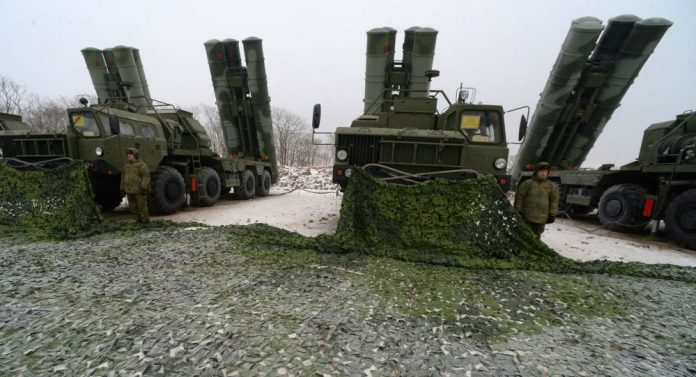 КАКО УНИШТИТИ С 400: САД и Израел праве планове за борбу против руског ПВО система
