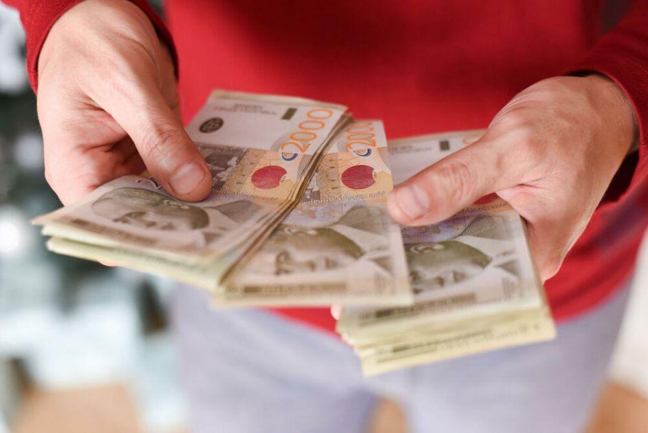 50 EVRA SUTRA VAM LEŽE NA RAČUN: Jeste li i vi na spisku? Pored penzionera još 5 kategorija građana može na bankomat!