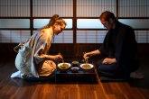 7 razloga zašto Japanci sede na podu dok jedu