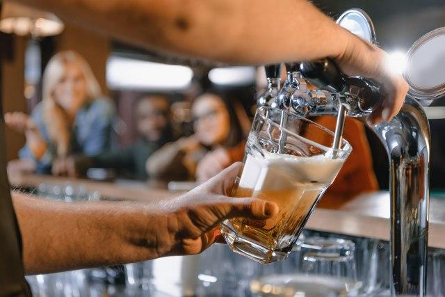72 miliona litara neprodatog piva: Teški dani za proizvođače