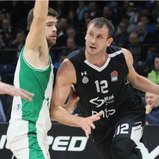 ABA LIGA: Partizan SPOR na početku, a onda su Veličković i Mozli započeli DEMOLIRANJE Krke!