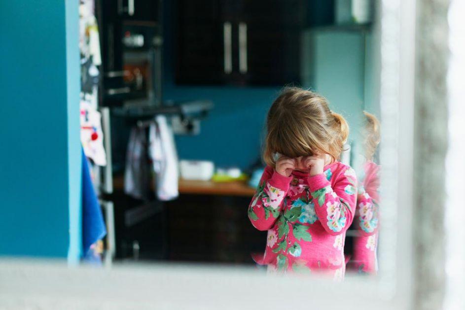 AFERA ODUZETO DETE! SMENJENA DIREKTORKA CENTRA ZA SOCIJALNI RAD: Vratite dete roditeljima!