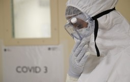 AFP: Najmanje 1.182.840 žrtava koronavirusa u svetu, više od 45 miliona zaraženih