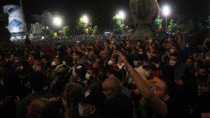 AFP: Protesti u Srbiji posle predsednikove najave policijskog časa