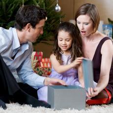 AJfon, Guči, Šanel... kad je otac video šta je ćerka poželela za Božić, pao je na zadnjicu od čuda!