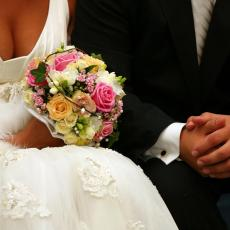 AKO ŽELITE DA KAŽETE SUDBONOSNO DA, MORATE DA ISPRATITE OVA PRAVILA! Kako će izgledati svadbe u Julu? Spisak stvari koje morate ISPOŠTOVATI