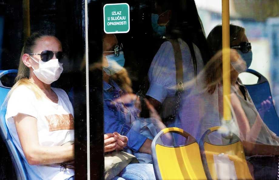 AKTUELNO: Potvrđena nova 247 slučaja korona virusa, preminule tri osobe