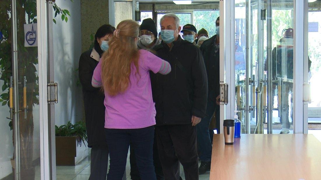 AKTUELNO: U Srbiji novih 1.839 slučajeva, preminulo 20 osoba