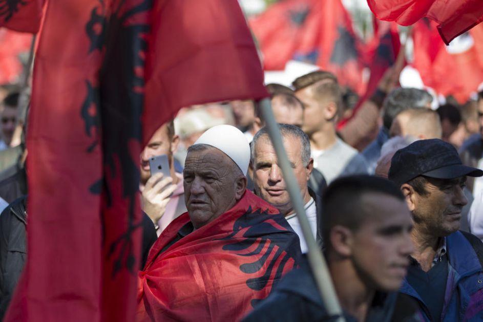ALARMANTNO UPOZORENJE RUSA: Albanci imaju pakleni plan za OKUPACIJU SRBIJE! U igri su VELIKE PARE