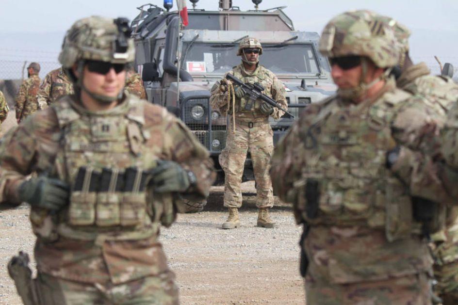 AMERIČKI PUKOVNIK BRUTALAN O BAJDENU: Vojska SAD nije spremna za rat sa Rusijom, ali predsednik nikoga ne sluša!