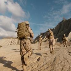 AMERIKANCI U PANICI: Šalju dodatne snage dok povlače trupe, svakog trenutka mogu biti napadnuti