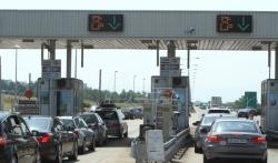 AMSS: I dalje gužve na granicama i važnijim putevima