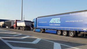 AMSS: Kamioni na granicama čekaju do dva sata