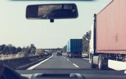 AMSS: Kamioni na granici sa Madjarskom čekaju tri sata