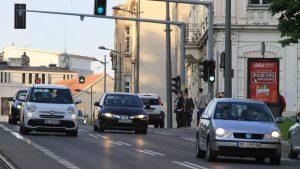 AMSS: Saobraćaj umerenog intenziteta, na naplatnim rampama i graničnim prelazima nema zadržavanja