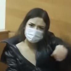 ANA IZBOLA MAJKU NA SMRT I IZVADILA JOJ SRCE DOK JE JOŠ KUCALO! Na pitanje suda da li se kaje, dala jeziv odgovor (VIDEO)