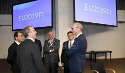AP: EU poziva Srbiju da ne skrene s puta ka članstvu